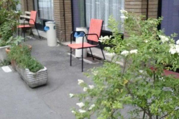 Flower Hostel - фото 7