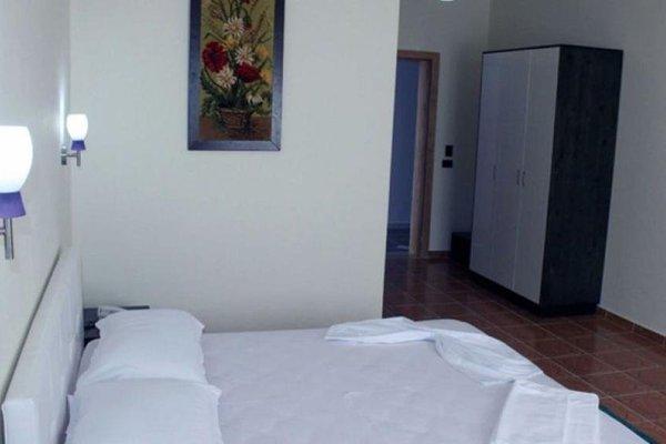 Aurelis Hotel - 8