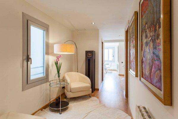 BizFlats Eixample Apartments - фото 23