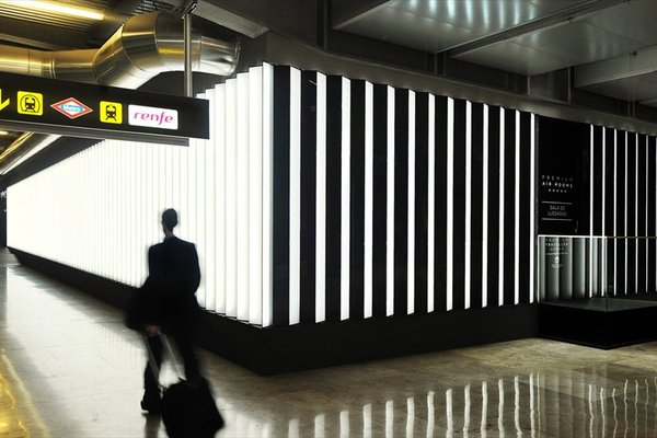 Air Rooms Madrid Airport By Premium Traveller - 16