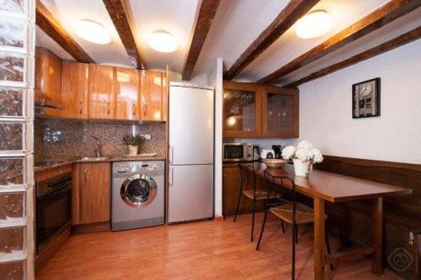 Rustic Poble Sec Apartment - фото 12