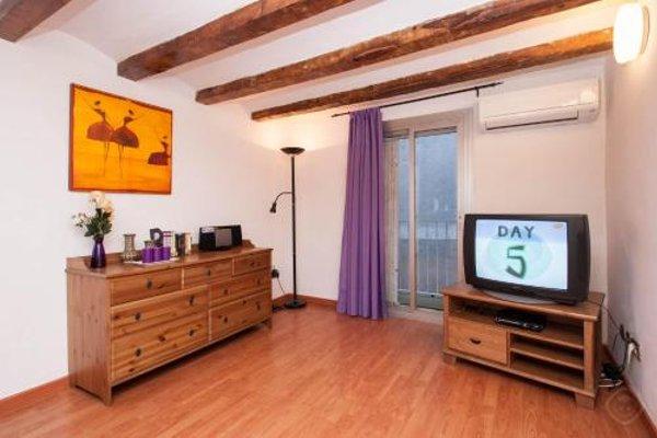 Rustic Poble Sec Apartment - фото 5