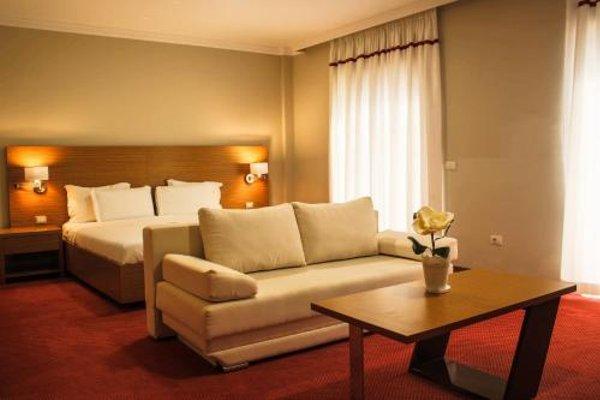 Hotel Jaroal - 4