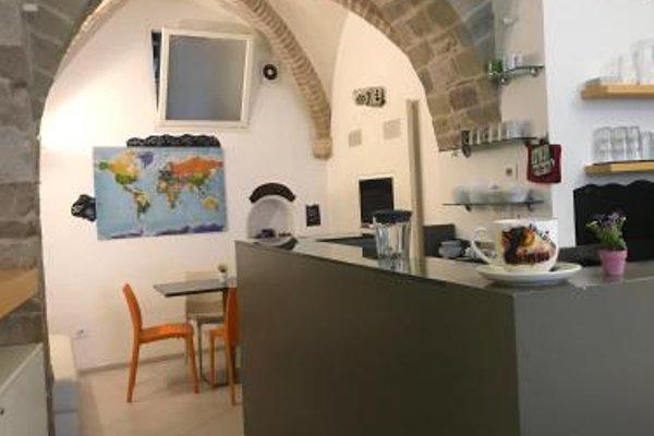 Little Italy Hostel - фото 22