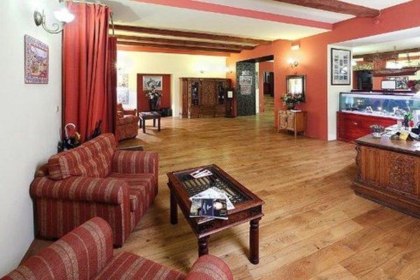Romantic Hotel Mlyn Karlstejn - 5