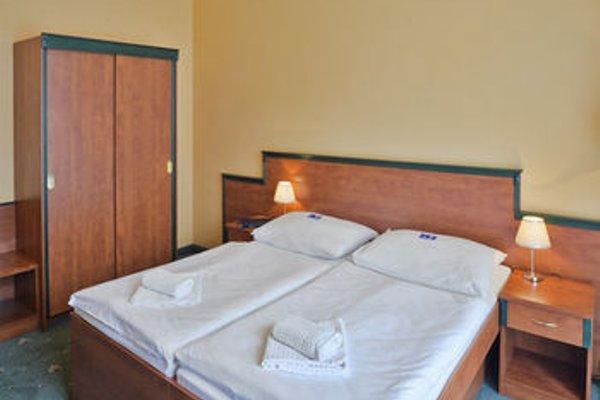 EA Hotel Jessenius - фото 3