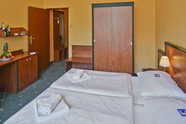 EA Hotel Jessenius - фото 4