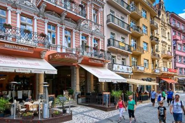 Salvator Hotel - фото 21
