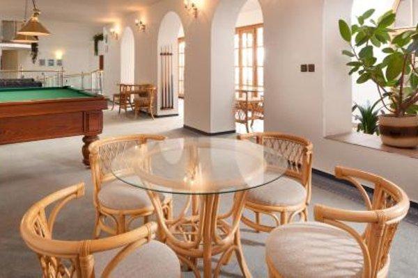 Hotel Concertino Zlata Husa - фото 7