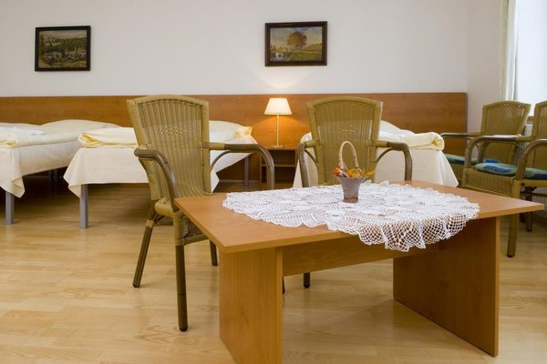 Mestsky Hotel Dorinka - 15