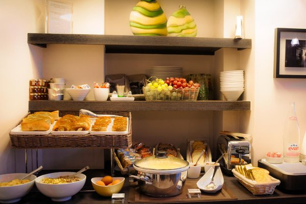 Best Western Hotel Marais Bastille - фото 10