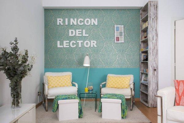 Spain Select Plaza de la Reina Apartments - фото 4