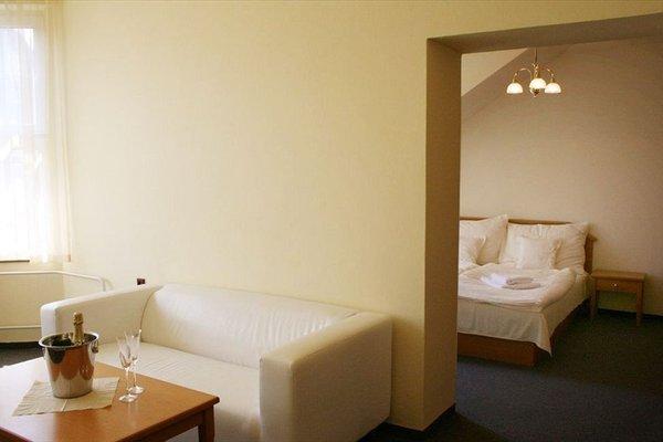 Hotel Casanova - 11