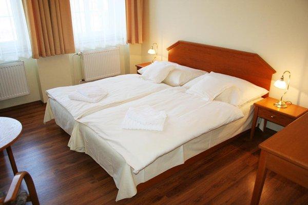 Hotel Casanova - 5