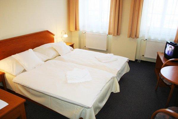 Hotel Casanova - 8