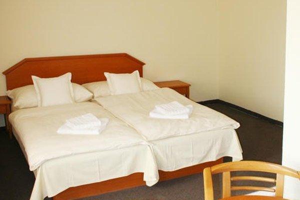 Hotel Casanova - 9
