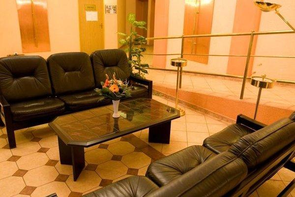 Hotel Olympia Garni - 8