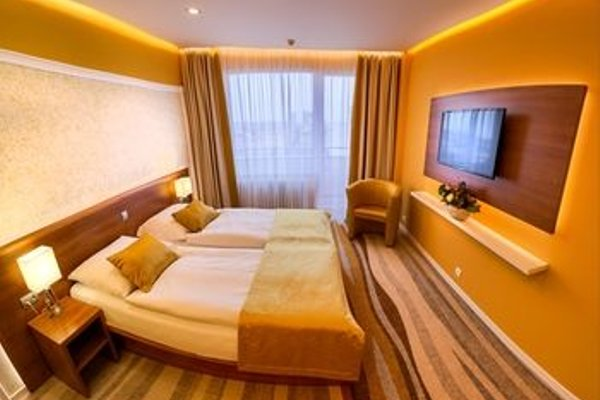 Avanti Hotel - 3