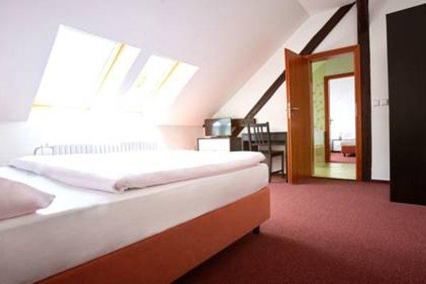 Hotel Moravia - 4