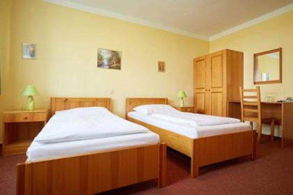 Hotel Moravia - 8