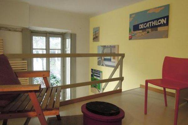 V12 Design Apartments - фото 13