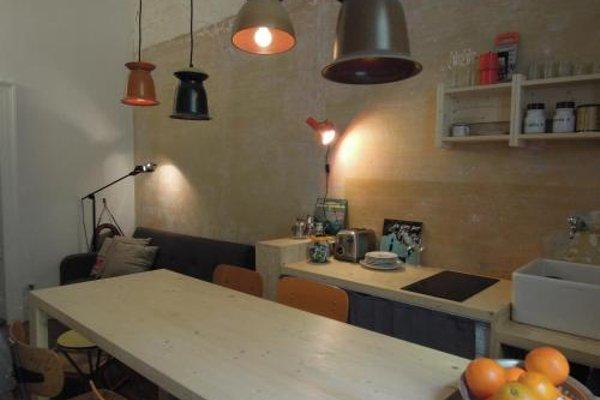 V12 Design Apartments - фото 18