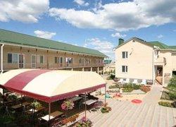 Фото 1 отеля Гостиный Двор Вояж - Заозёрное, Крым