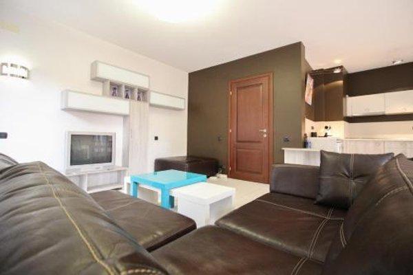 Trendy & Deluxe Apartment - 10