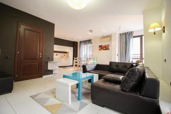 Trendy & Deluxe Apartment - 4