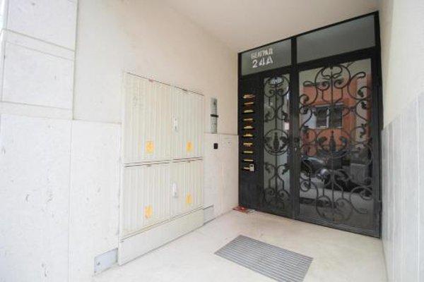 Trendy & Deluxe Apartment - 9