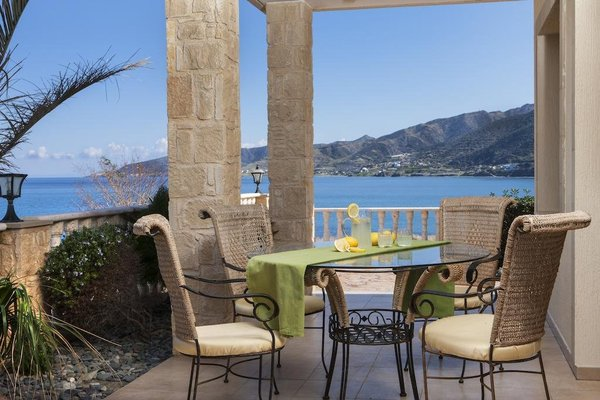Petros Seashore Villa - фото 4