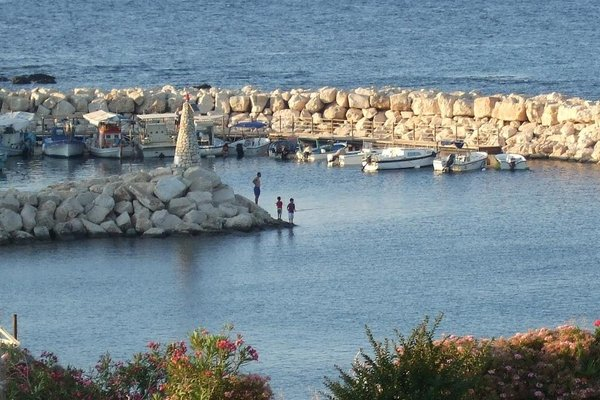 Petros Seashore Villa - фото 7