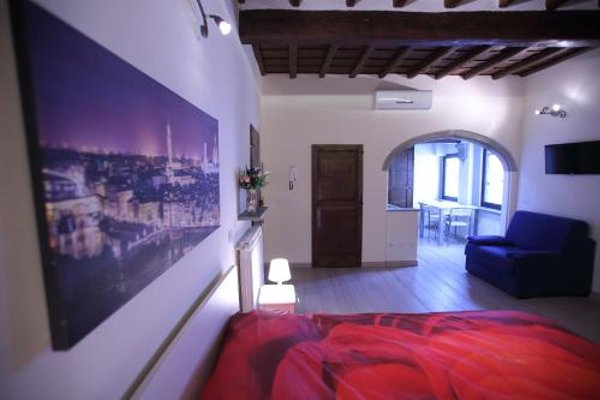 Visit Florentia Apartment - фото 11