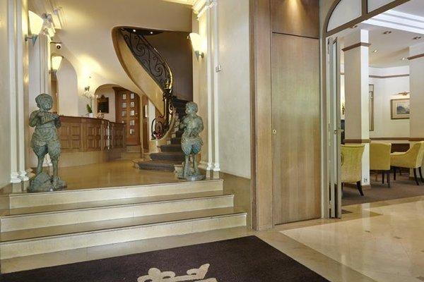Royal Hotel Champs Elysees - фото 16
