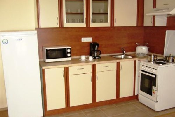 Nessebar and Holiday Fort Apartments - фото 16