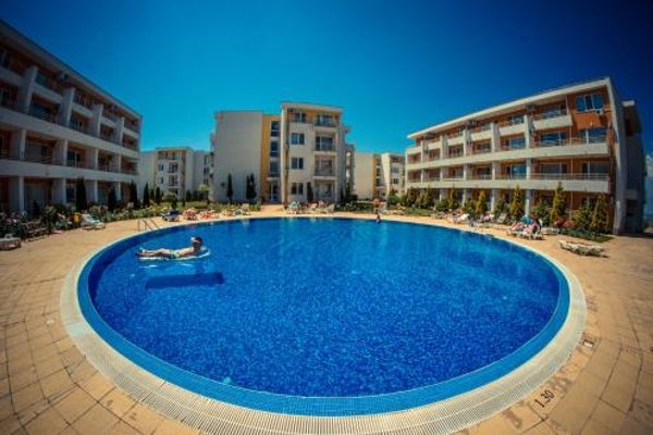 Nessebar and Holiday Fort Apartments - фото 21