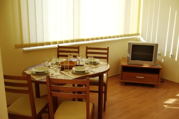 Nessebar and Holiday Fort Apartments - фото 4