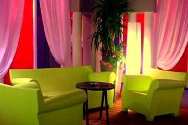 Hotel De Paris - 6