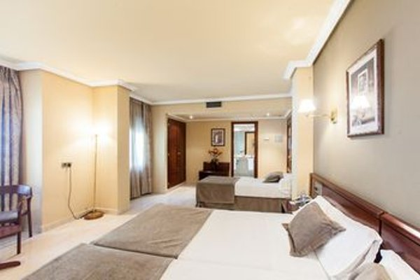 Imperial Atiram Hotel - фото 15