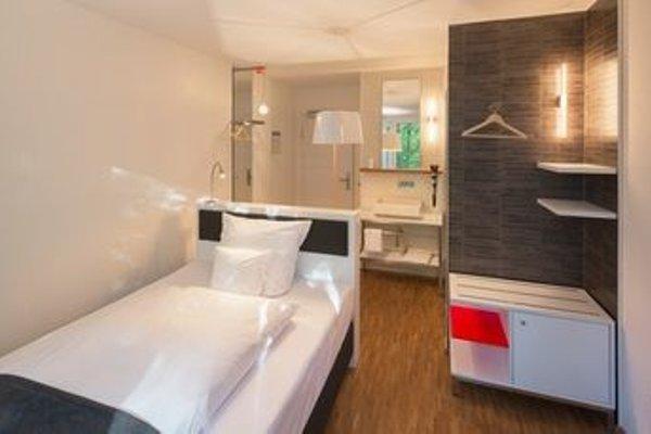 V-Hotel - фото 3