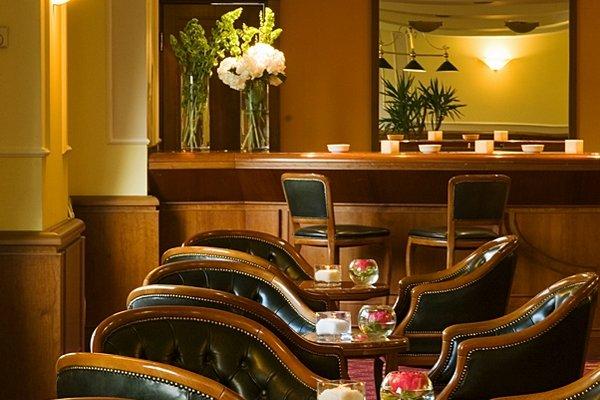 Starhotels Business Palace - фото 14