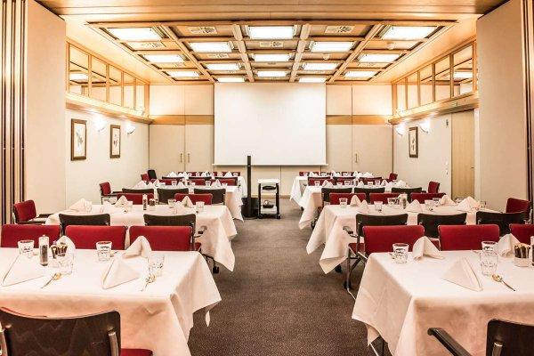 Best Western Premier Hotel Rebstock - 13
