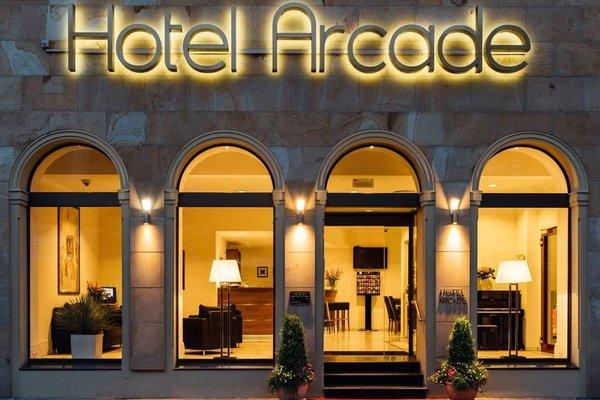 Arcade Hotel - фото 21