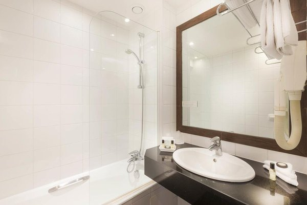 Elysees Apartments - фото 12