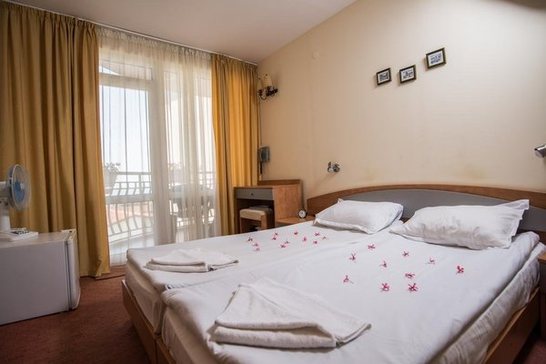 Nassi Hotel - фото 15