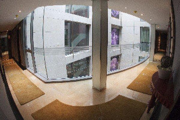 Nexus Valladolid Suites & Hotel - фото 14