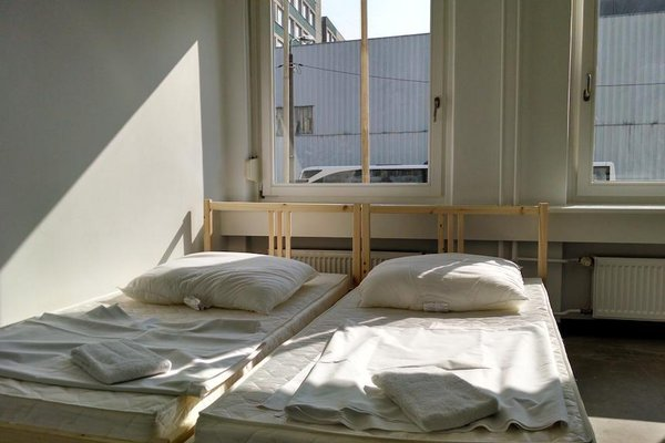 Eastpax Hostel - 3