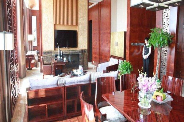 Chengdu Airport Hotel - фото 12