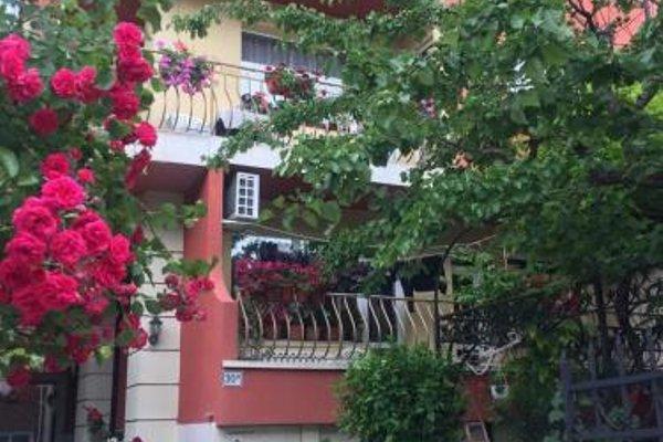 Violeta 7 Guest House - фото 17