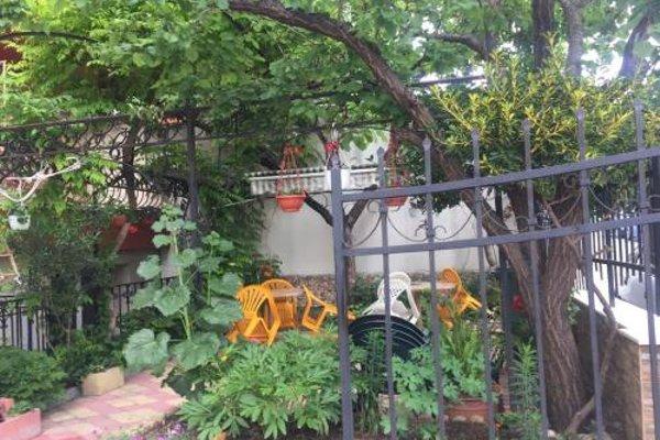 Violeta 7 Guest House - фото 19